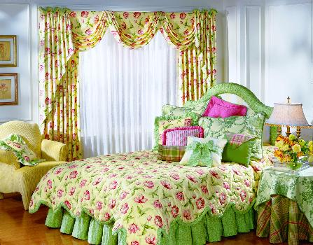 Jupiter Florida -- Swag draperies with coordinating decorative bedding